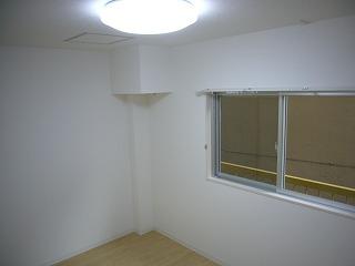 102号西側洋室