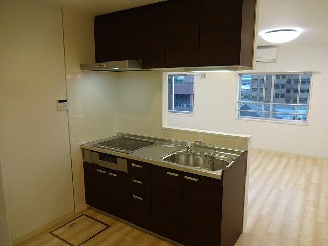灘ハイツ301号キッチン