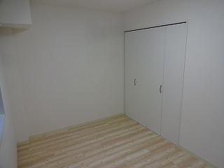 灘ハイツ301号洋室2