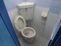 灘ハイツ南側貸店舗トイレ